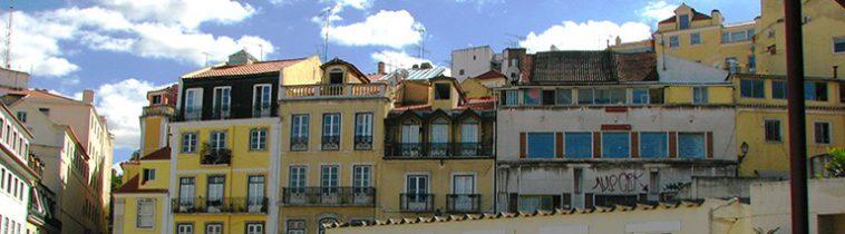 Oude gebouwen in Lissabon