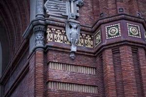 Vleermuis beeld in Barcelona