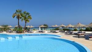 Zwembad bij je all inclusive hotel