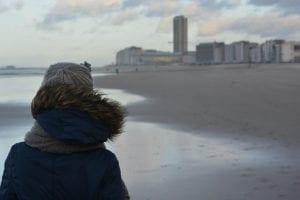 Uitwaaien op het strand van Oostende