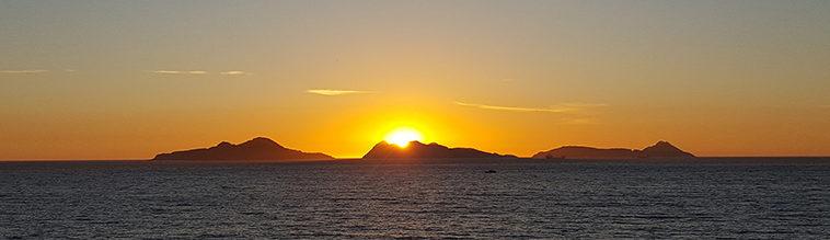 Zonsondergang op de Cies-eilanden