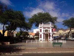 Het Praça Nova plein in Mindelo